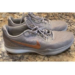 Gray Nikes with Rose Gold 😍